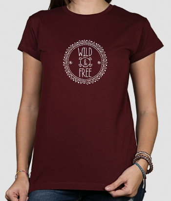 T-shirt Wild and Free com caveira