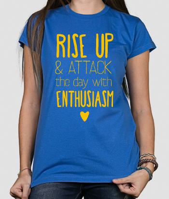T-shirt con scritta Rise up