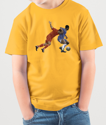 T-shirt voetbal duel