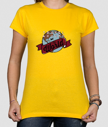 Camiseta con mensaje Travel the world