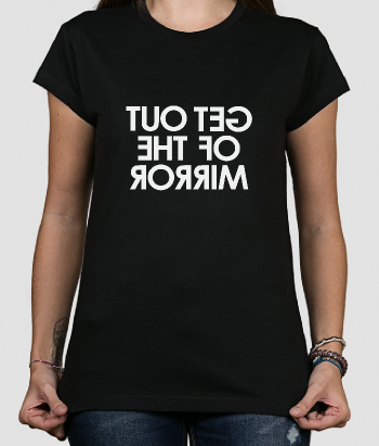 Camiseta divertida Out of the mirror