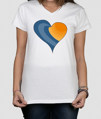 T-shirt surf cuore con onde