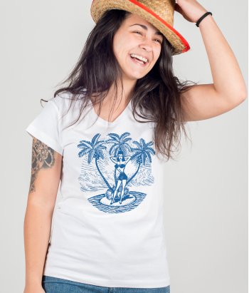 T-shirt pinup su isola