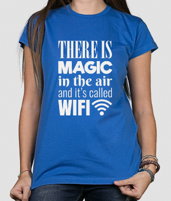 T shirt con scritta Magic Wifi