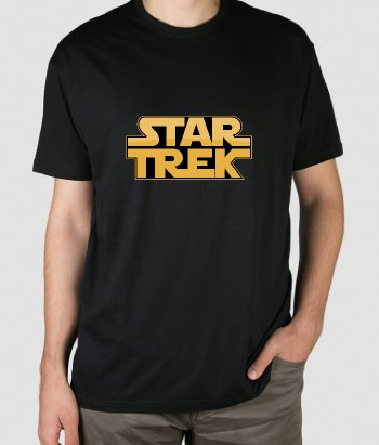 T-shirt filmes com o logotipo Star Wars e Star Trek