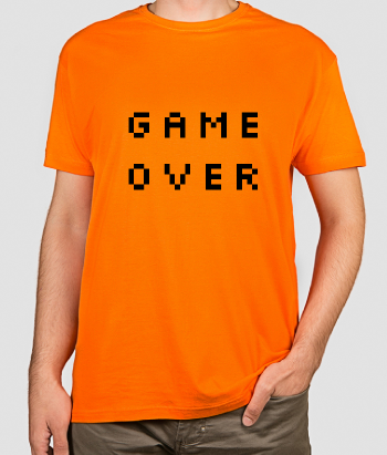 Camiseta con mensaje Game Over