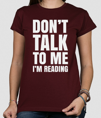 T-shirt con scritta Don't talk to me