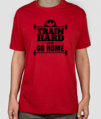 Camiseta con mensaje Train Hard