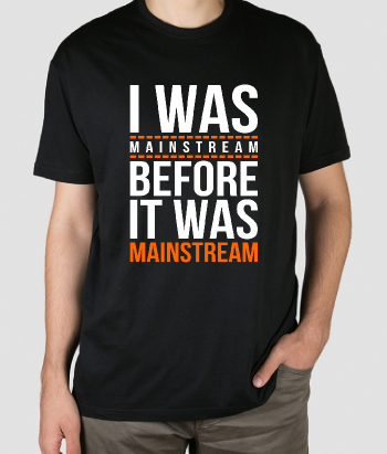 T-shirt mainstream