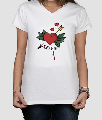 T-shirt tekst love pijl door hart