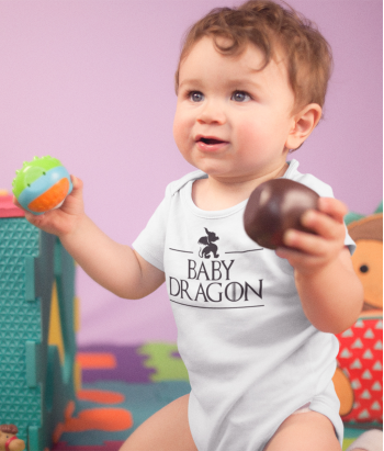 Camiseta GOT baby dragon